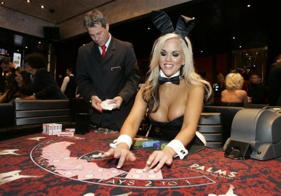 Hire a Blackjack or Poker Dealer from Motivated Models